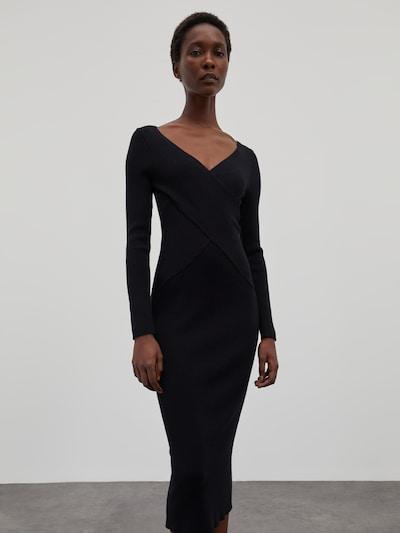 Rochie 'Poppy' EDITED pe negru, Vizualizare model