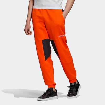 ADIDAS ORIGINALS Sweathose  'Adventure Field' in orange / schwarz, Modelansicht