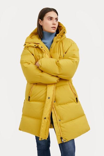 Finn Flare Daunenmantel in gelb, Modelansicht