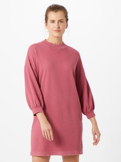 GAP Šaty - růžová, Model/ka