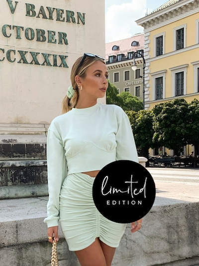 ABOUT YOU Limited Sweatshirt 'Pia' by Phiaka in mint: Frontalansicht