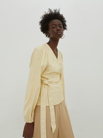 EDITED Bluse 'Papina' in hellgelb, Modelansicht