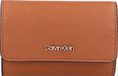 Calvin Klein Porte-monnaies en noisette, Vue avec produit