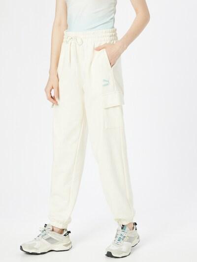 Pantaloni outdoor PUMA pe alb, Vizualizare model