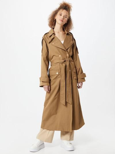 Copenhagen Muse Manteau mi-saison 'CAROLI' en marron, Vue avec modèle