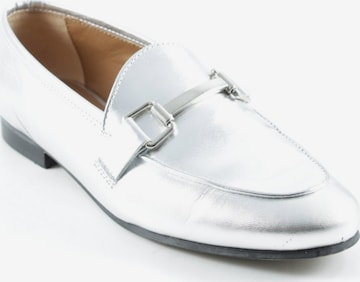 sacha Flats & Loafers in 37 in Silver
