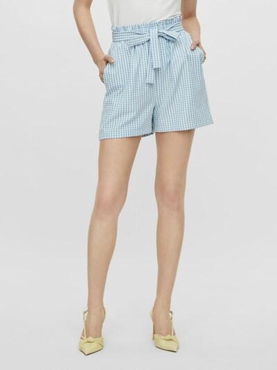 Pantaloni cutați 'Nina' PIECES pe albastru deschis / alb, Vizualizare model