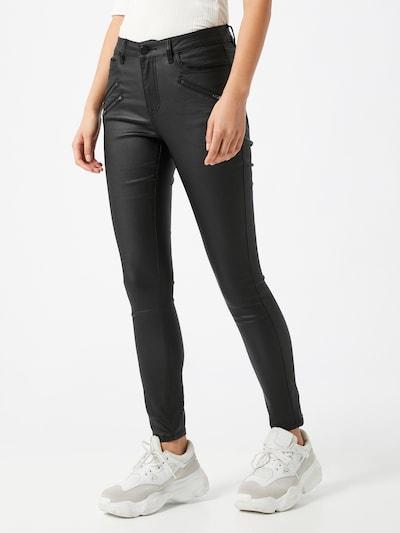 VILA Spodnie w kolorze czarnym, Podgląd na modelu(-ce)