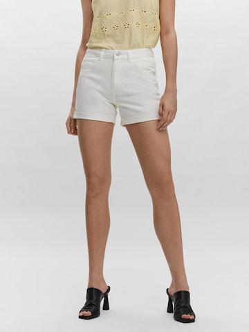 VERO MODA Jeans 'VMNINETEEN' in Wit