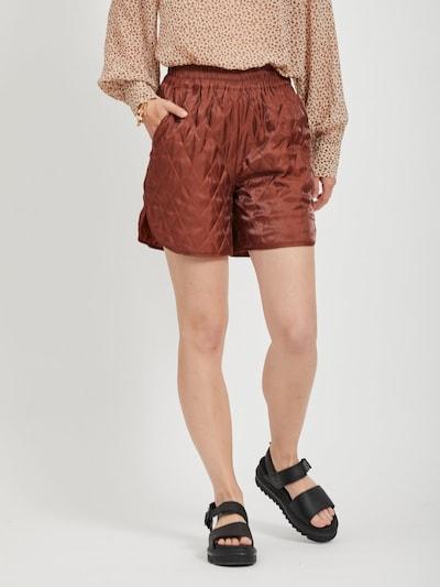 VILA Shorts in blutrot, Modelansicht