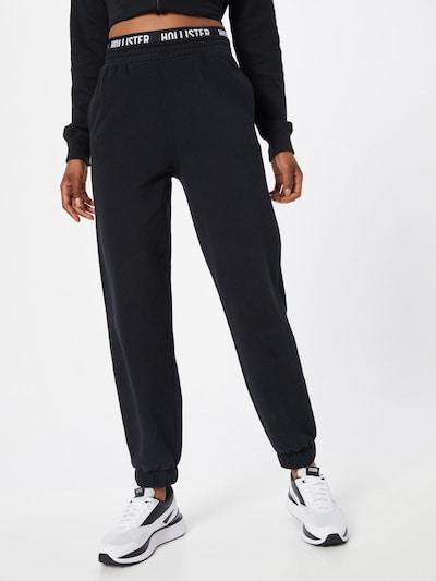HOLLISTER Spodnie w kolorze czarny / białym, Podgląd na modelu(-ce)