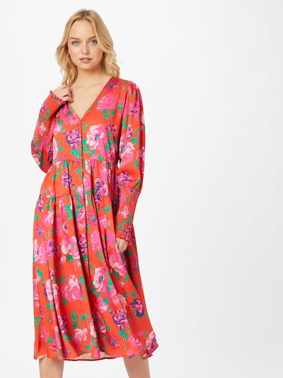 Crās Kleid in mischfarben / hellrot, Modelansicht