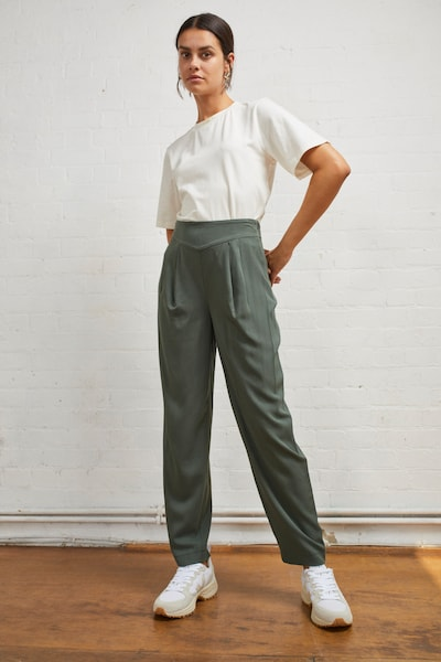 Aligne Pants 'Eulalie' in Dark green, View model