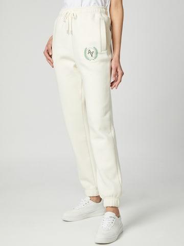 Pantaloni 'Lani' di ABOUT YOU Limited in bianco