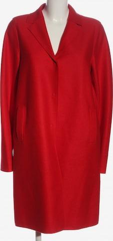 Harris Wharf London Jacket & Coat in XL in Red