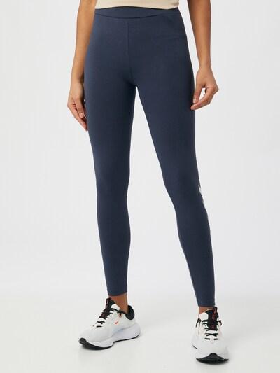 Hummel Sporthose in dunkelblau / weiß, Modelansicht