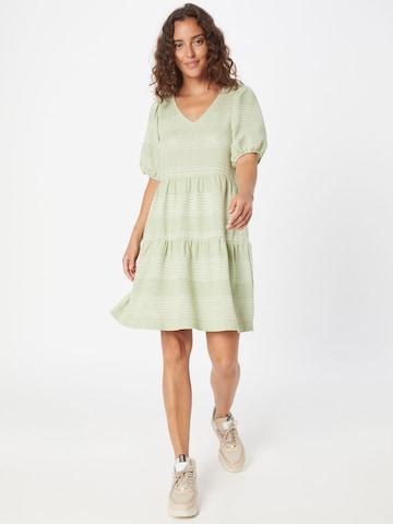 Hailys Kjoler 'Amara' i grønn