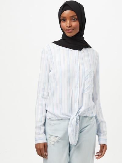 Hailys Bluse 'Coraly' in hellblau / weiß, Modelansicht