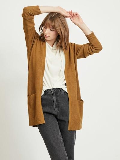 VILA Strickjacke 'Ril' in karamell, Modelansicht