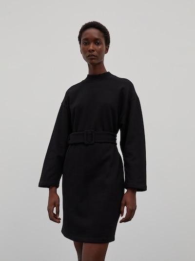 Rochie 'Antonella' EDITED pe negru, Vizualizare model