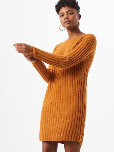 VILA Robes en maille 'Nikki' en marron, Vue avec modèle