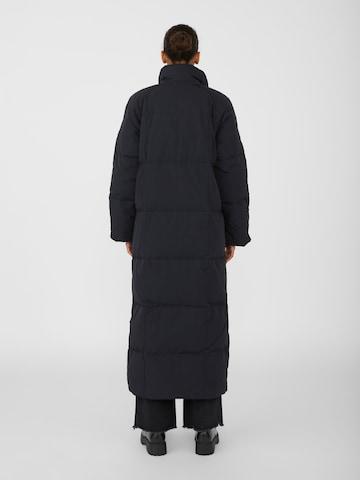 Cappotto invernale 'Angea' di OBJECT in nero