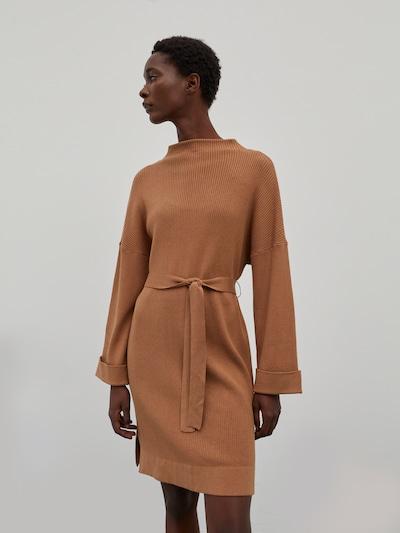 EDITED Kleid 'Nata' in braun, Modelansicht
