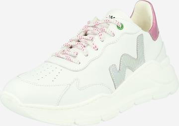 Sneaker low 'WAVE' de la WOMSH pe alb