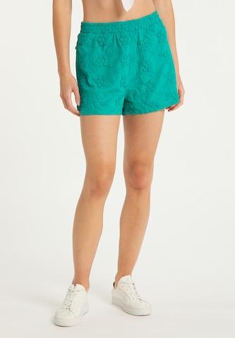IZIA Shorts in Grün