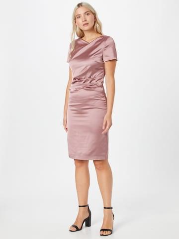 Rochie de cocktail de la SWING pe roz