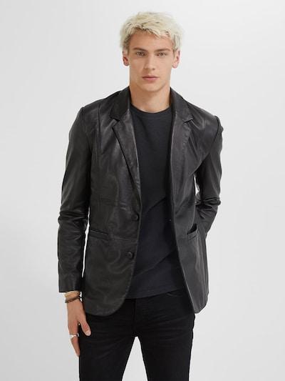 Young Poets Society Prechodný kabát 'Elwin' - čierna, Model/-ka