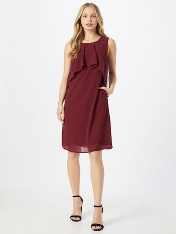 APART Kokteilové šaty - Červená