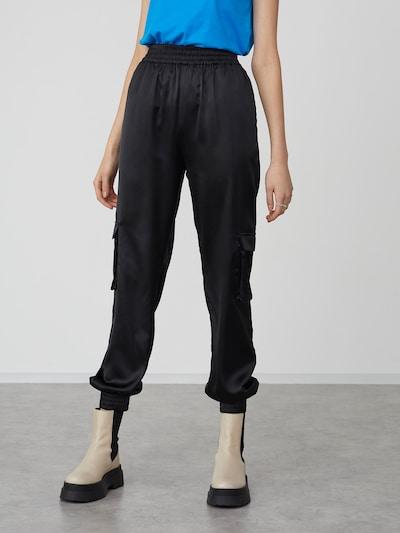 LeGer by Lena Gercke Cargo hlače 'Leni' u crna, Prikaz modela