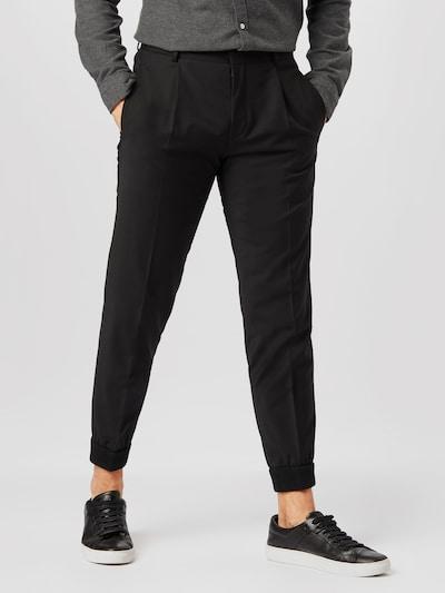 fekete HUGO Ráncos nadrág 'Fento', Modell nézet
