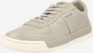GUESS Sneaker 'Strave' in Grey