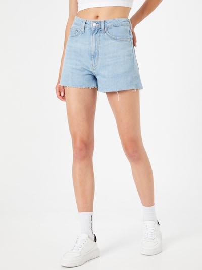 WEEKDAY Shorts 'Rowe' in hellblau, Modelansicht