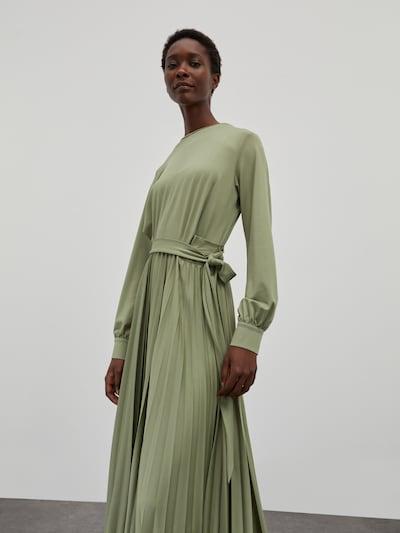 EDITED Kleid 'Ravena' in grün, Modelansicht