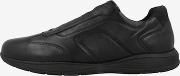 Baskets basses GEOX en noir
