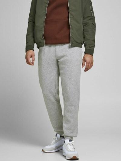 JACK & JONES Nohavice 'JJIGORDON JJSOFT SWEAT PANT GMS NOOS' - svetlosivá, Model/-ka