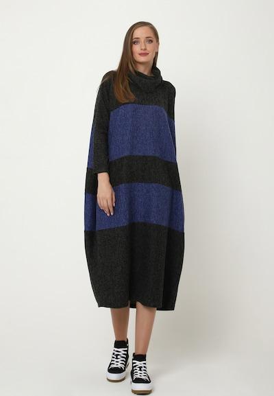 Madam-T Oversized jurk 'Filippa' in de kleur Blauw gemêleerd / Zwart gemêleerd, Modelweergave