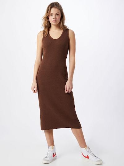 NU-IN Úpletové šaty - hnědá, Model/ka
