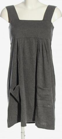 Mavi Dress in M in Grey