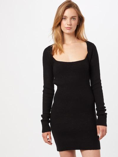 Rochie tricotat NA-KD pe negru, Vizualizare model