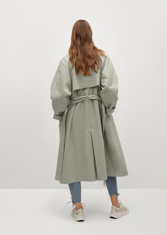 Palton de primăvară-toamnă de la MANGO pe gri