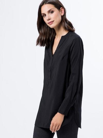 zero Tunika in schwarz, Modelansicht