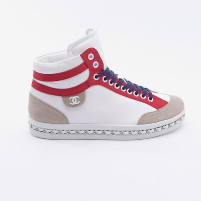 CHANEL Sneakers & Trainers in 38,5 in White, Item view