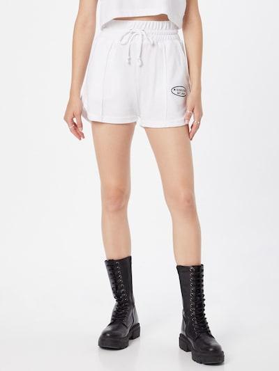 Missguided Shorts in schwarz / weiß, Modelansicht