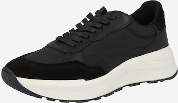 VAGABOND SHOEMAKERS Rövid szárú edzőcipők 'JANESSA' - fekete