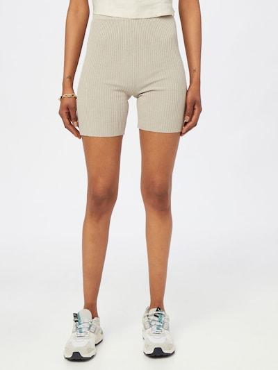 NU-IN Shorts in beige, Modelansicht