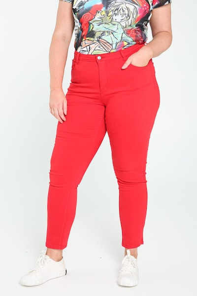 Paprika Hose in rot, Modelansicht